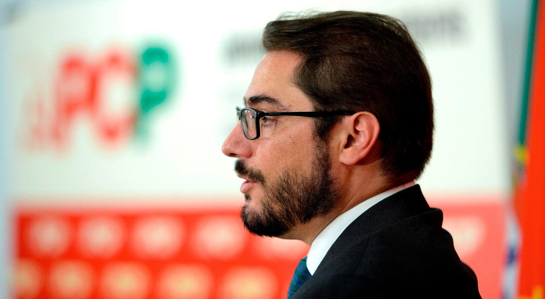 PCP promete congresso sem amarras ao PS