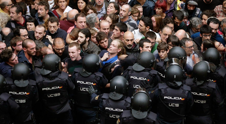 União Europeia apoia ordem constitucional na Espanha