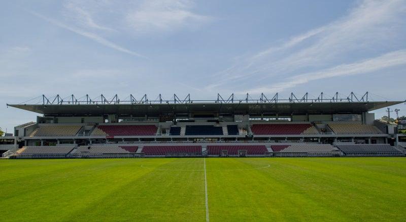Vianense-Benfica para a Ta�a joga-se no Est�dio de Barcelos