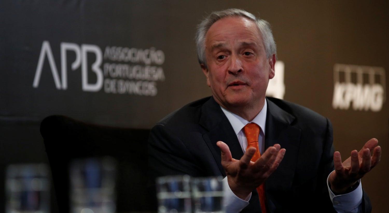Economia - Ulrich considera que acionistas pagaram maior fatura das crises bancárias
