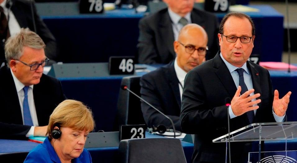 Fran�ois Hollande alerta para perigo de guerra total se Europa n�o agir na S�ria