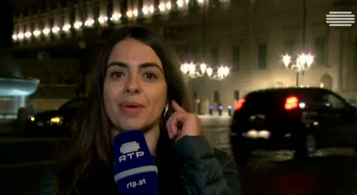 Mundo - Presidente pediu a Renzi para se manter em funções até ao orçamento