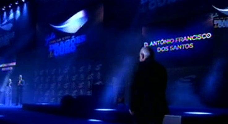 Desporto - Jackson M�rtinez eleito atleta do ano nos Drag�es de Ouro