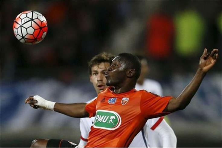 Majeed Waris vai assinar pelo FC Porto — Mercado