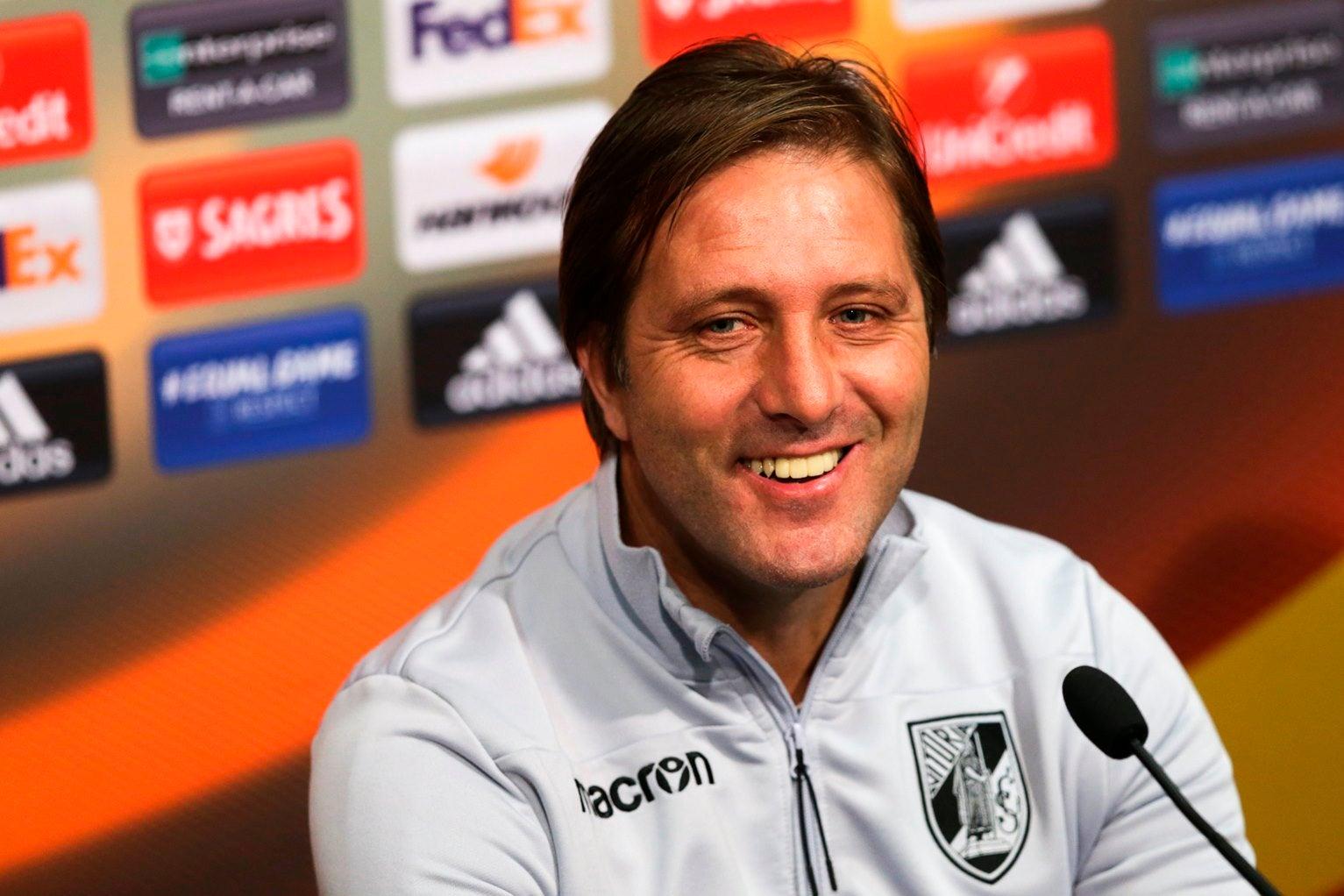 Pedro Martins destaca crescimento da equipa e maturidade ganha na Liga Europa