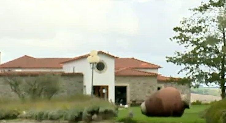 Pa�s - Autoridades procuram fugitivo em quinta de Sabrosa