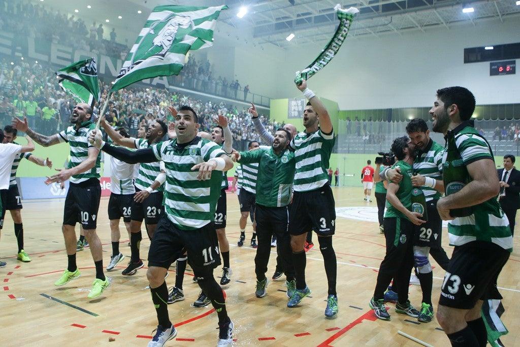 Sporting vence Benfica e volta aos títulos no andebol 16 anos depois