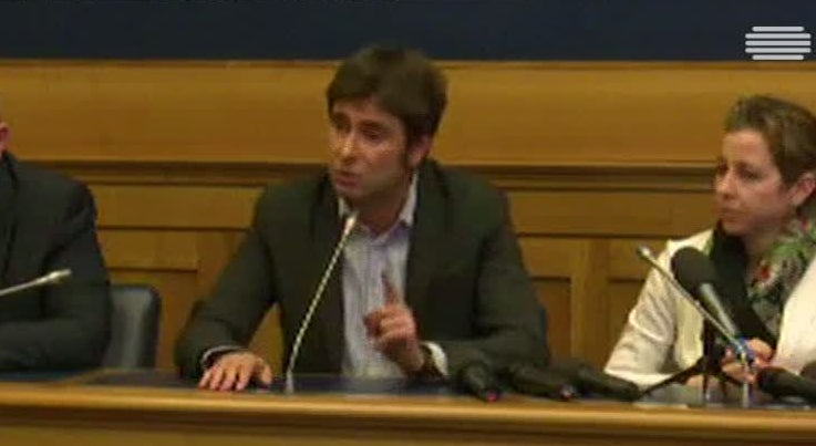 Mundo - Partidos Movimento 5 Estrelas e Liga Norte pedem eleições antecipadas em Itália