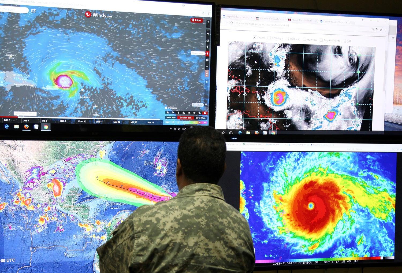 Furacão Irma chega à Flórida com ventos de 210 km/h
