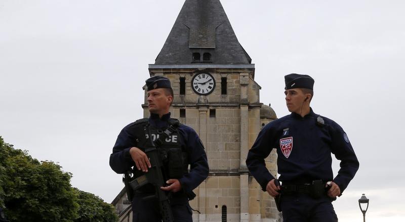 Táticas do Estado Islâmico na Europa podem incluir carros-bomba
