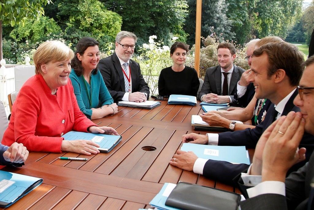 Europeus e africanos concordam em combater a crise migratória