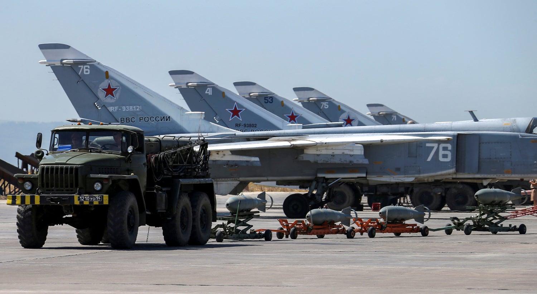 Avião russo cai na Síria e deixa mortos