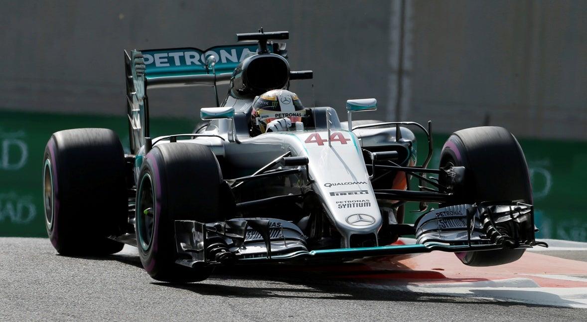 Lewis Hamilton eleito melhor piloto do ano