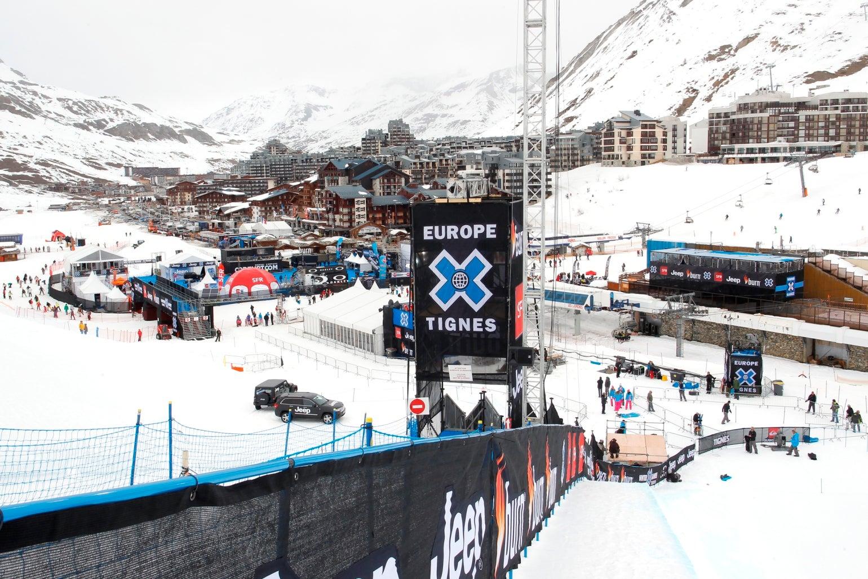 Avalanche nos Alpes franceses provoca quatro mortos