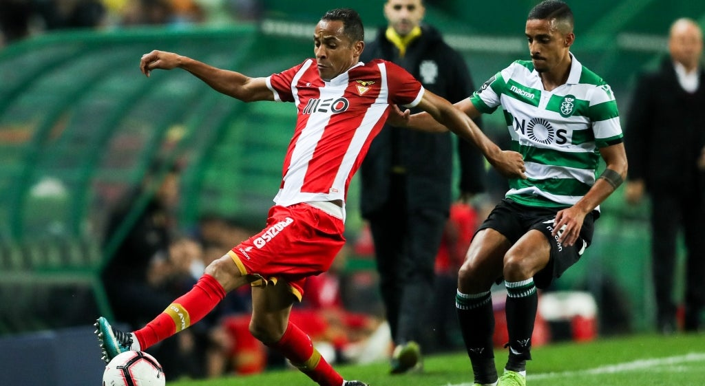 Sporting 4-1 Aves