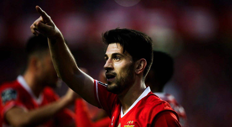 Benfica guardou goleada sobre o Tondela para a segunda parte