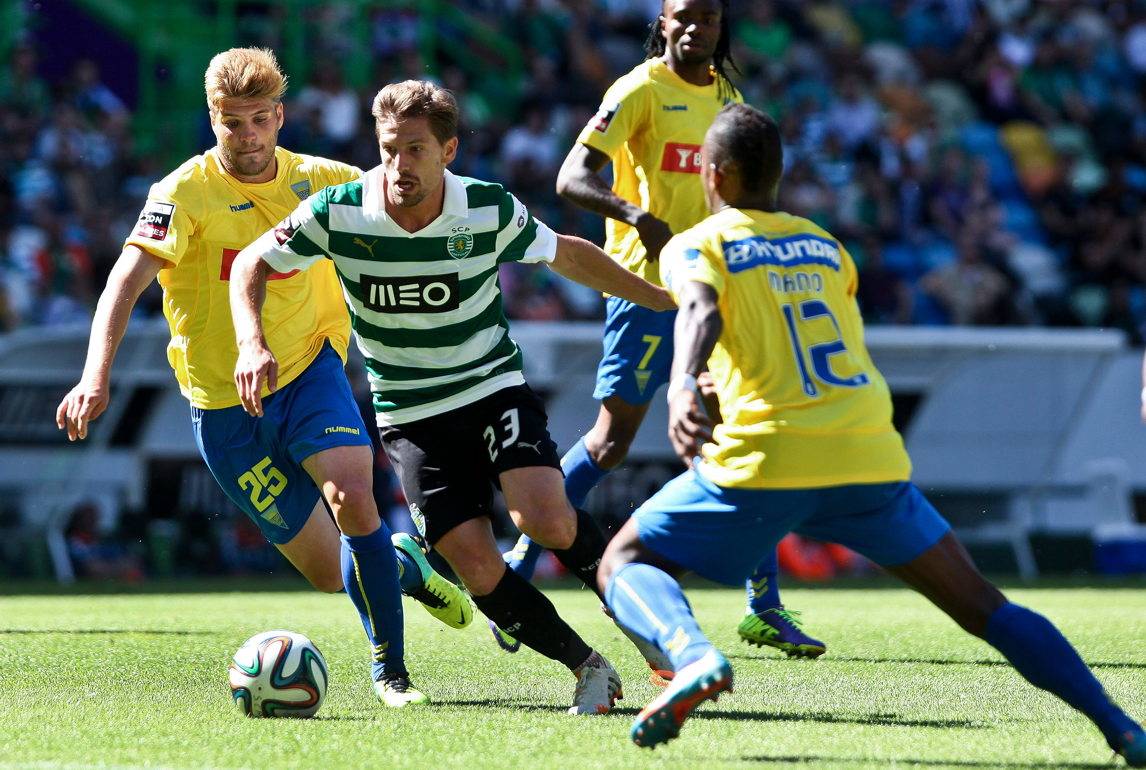 Leicester não desiste de Adrien: recurso para o TAD equacionado