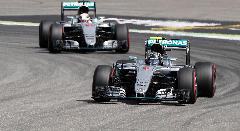 Rosberg faz pole em Hockenheim