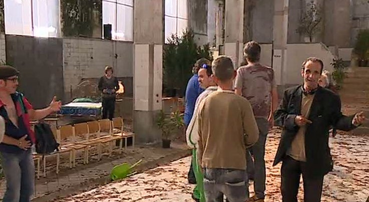 Companhia Ao Cabo Teatro produz espet�culo que mistura os atores com os n�o-atores