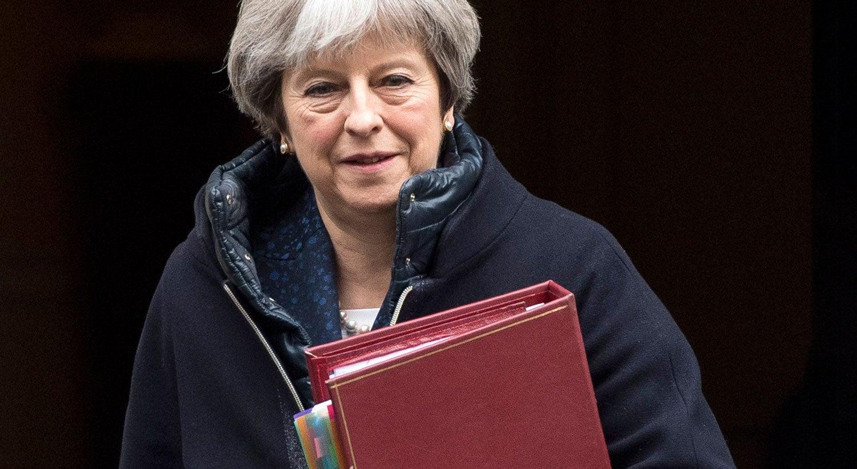 Theresa May anuncia expulsão de 23 diplomatas russos