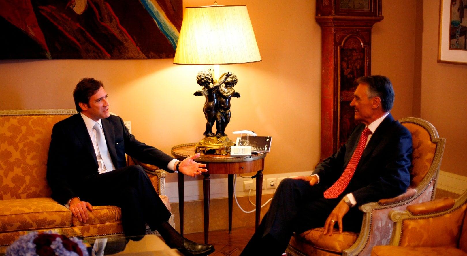 Cavaco deve exigir a Passos compromissos com Costa