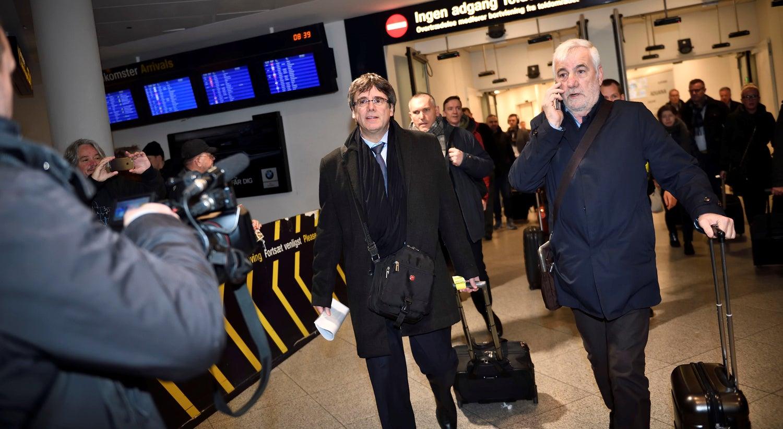 Governo espanhol visa prender Puigdemont ainda em Copenhague