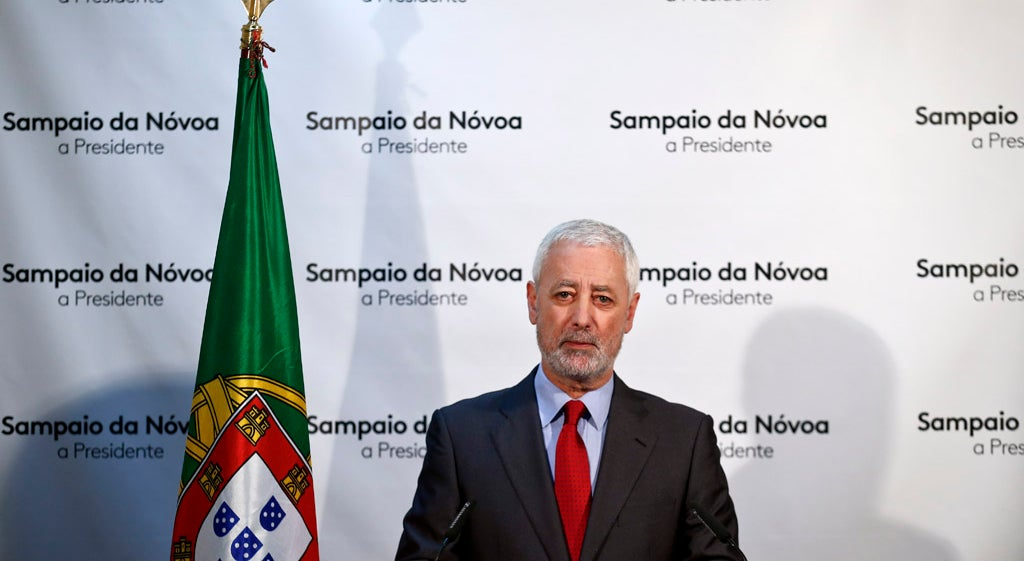 Sampaio da N�voa sa�da candidatura de Marcelo