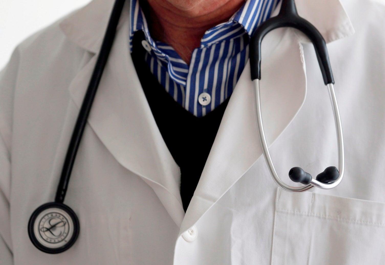 Médicos iniciaram greve de três dias