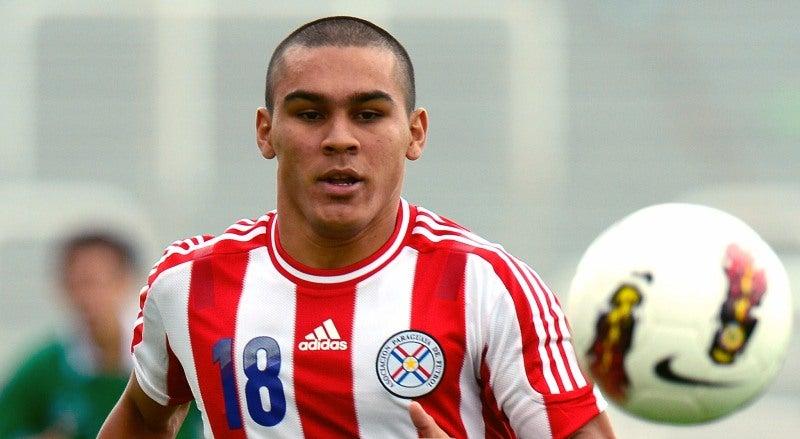 Rojas em Lisboa para reforçar o Benfica