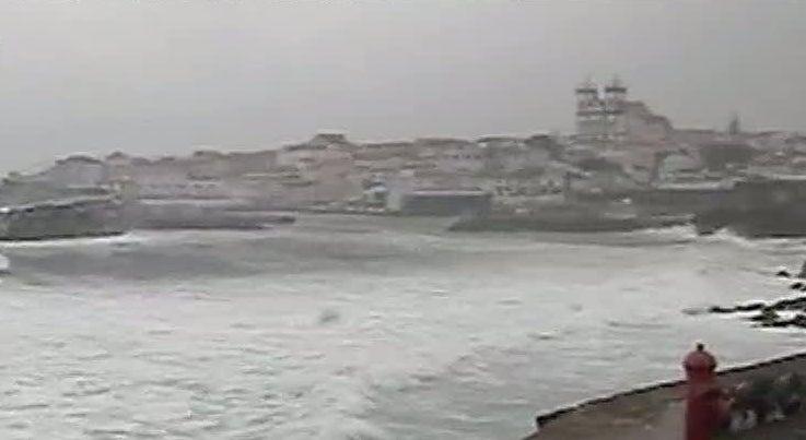 Tempestade tropical coloca Portugal sob alerta de mau tempo