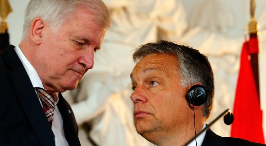 Munique subleva-se contra a pol�tica de refugiados de Berlim