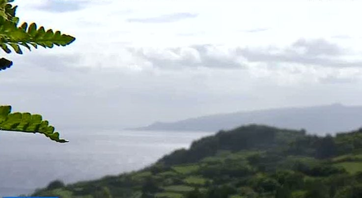 País - Temporal coloca Açores sob aviso laranja