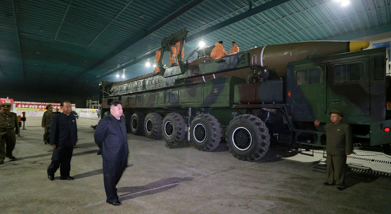 China pede esforços construtivos para reduzir tensões em península coreana