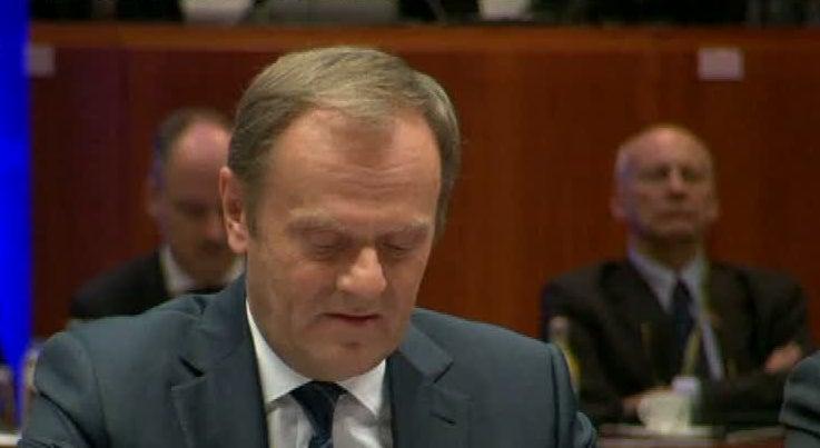 Mundo - Donald Tusk revela que milh�o e meio de pessoas entrou ilegalmente na Europa