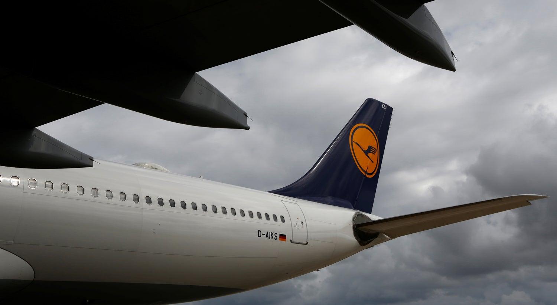 Greve na Lufthansa. Empresa conta cancelar mais de 800 voos