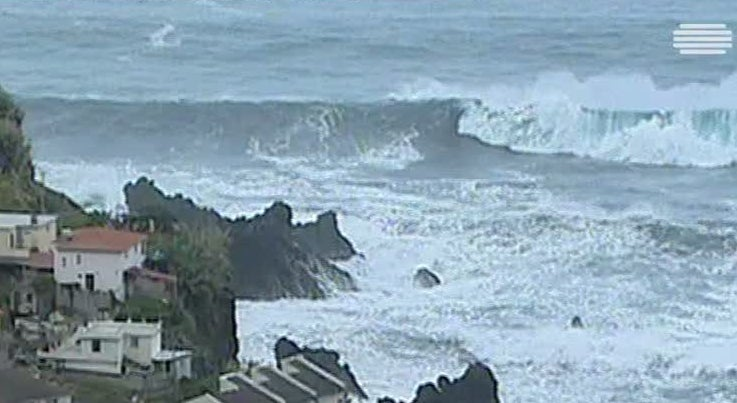 Pa�s - Alerta laranja de mau tempo para Madeira e Faro