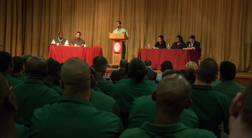 Quando terr�veis criminosos vencem um debate a alunos de Harvard