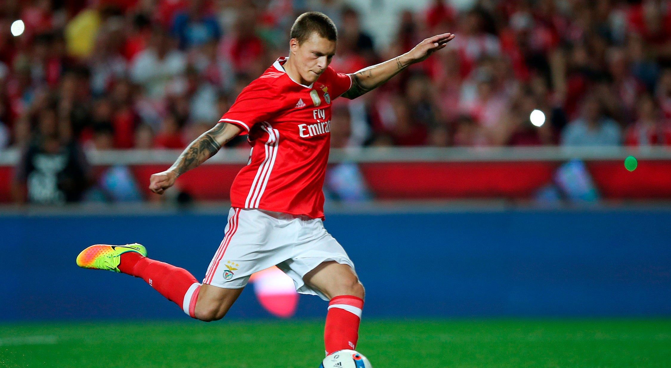 Sodestrom aconselha Lindelof a ficar no Benfica