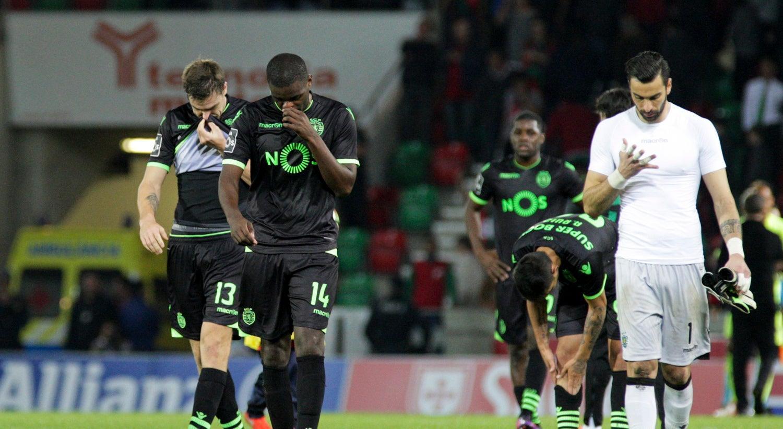 Sporting empata com Marítimo e fica ainda mais longe do título