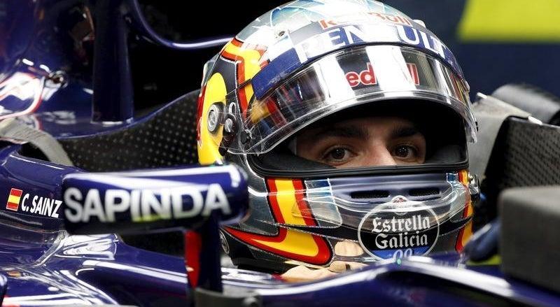 Carlos Sainz hospitalizado ap�s violento acidente nos treinos do GP da R�ssia