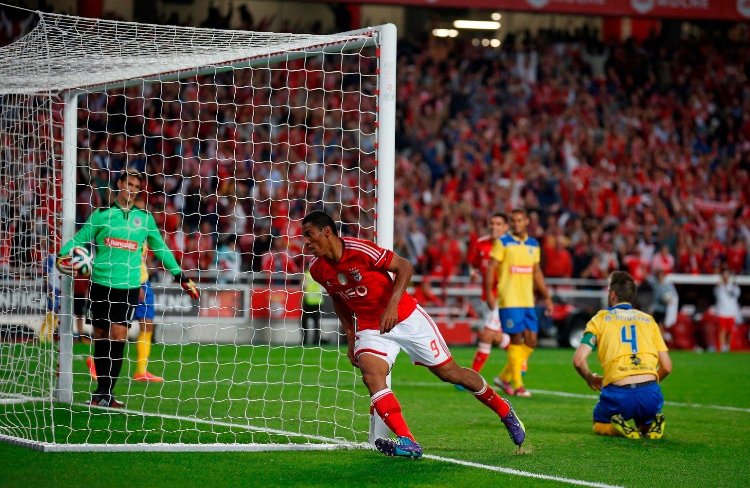 Derley rescinde com Benfica e reforça Desportivo das Aves