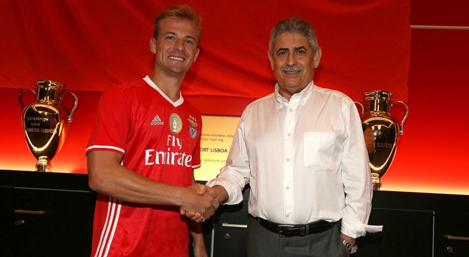 Marcelo Hermes assina pelo Benfica
