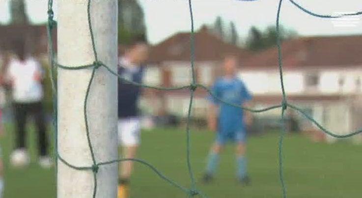 Mundo - Cada vez mais denúncias de abusos no futebol jovem em Inglaterra
