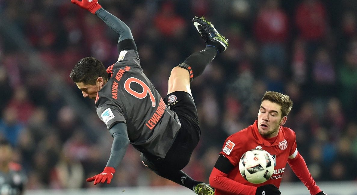 Bayern vence e apanha Leipzing na liderança da Bundesliga