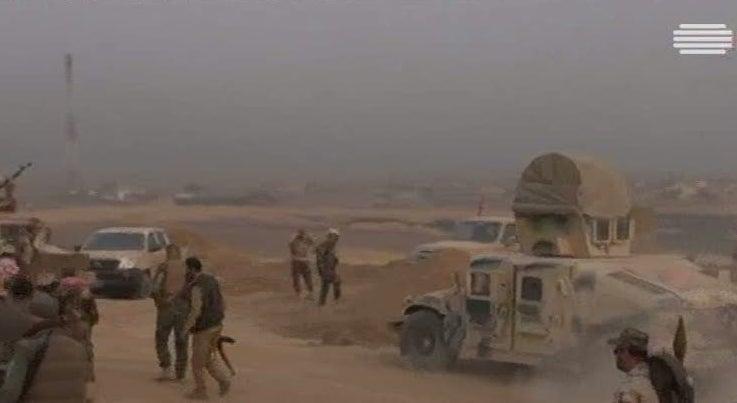 Mossul: For�as iraquianas j� reconquistaram perto de 100 localidades