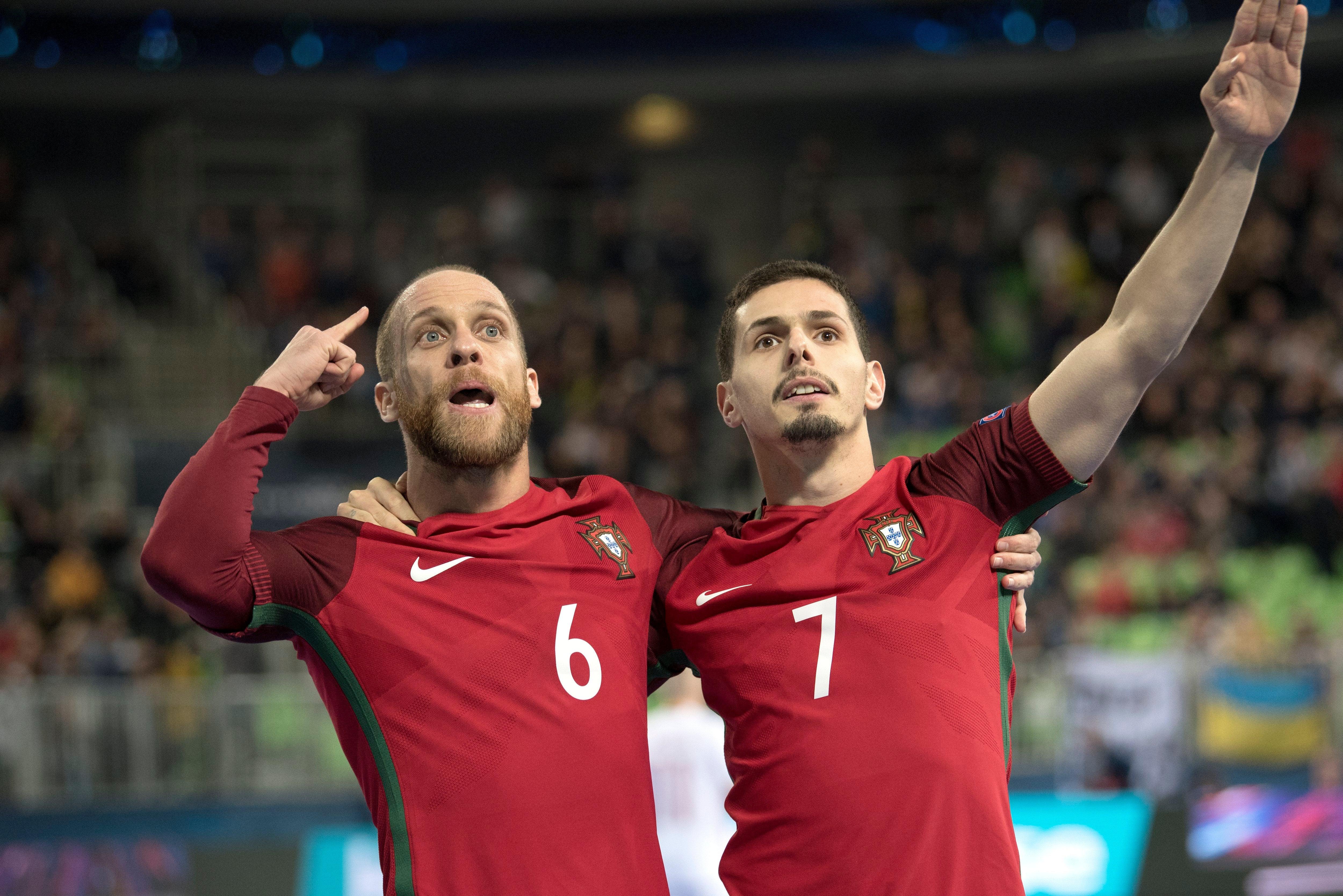 Campeões europeus de futsal já festejam em Lisboa
