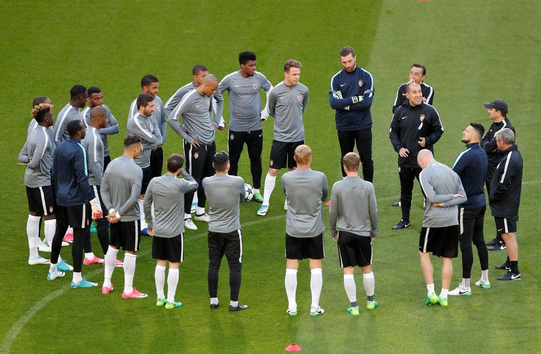 Mónaco e Juventus seguem em frente na Liga dos Campeões