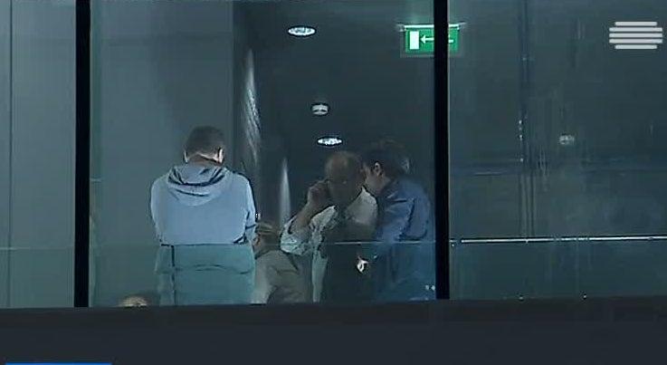 Pa�s - Argelinos detidos no aeroporto de Lisboa v�o ser expulsos