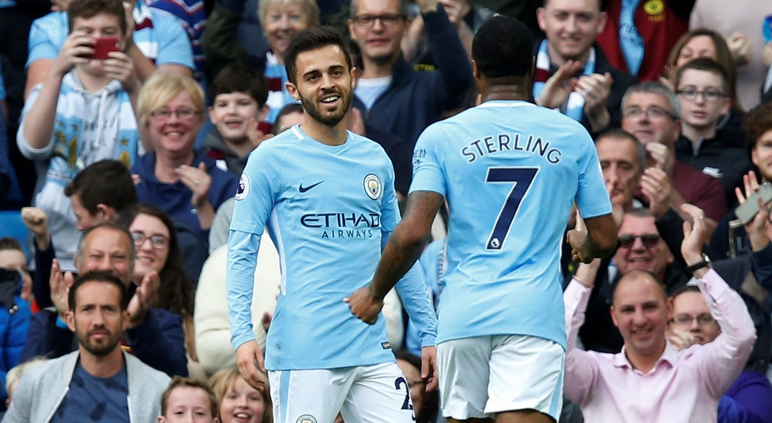 Manchester City isola-se na liderança da Premier League