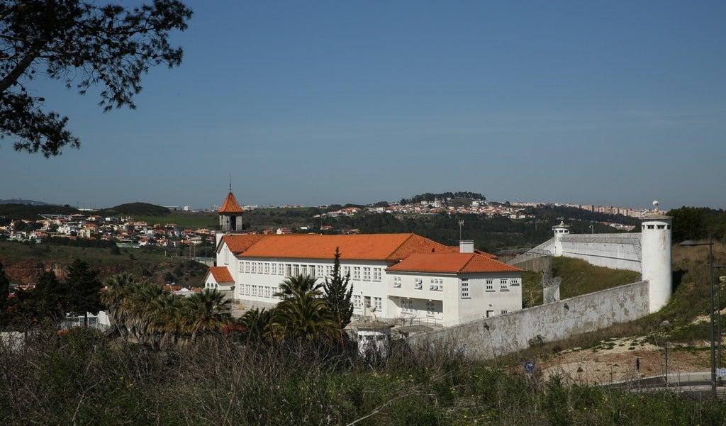 Relatório propõe criação de zona feminina na prisão de Coimbra